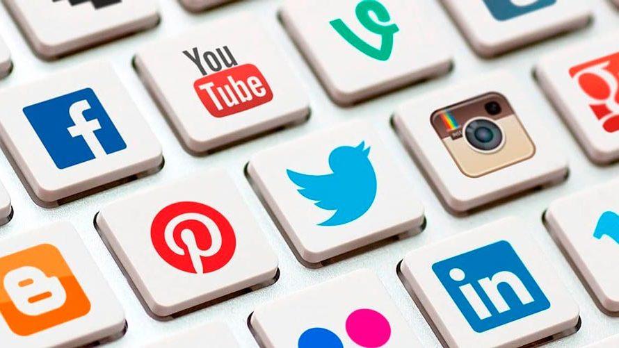 Breve historia de las redes sociales online
