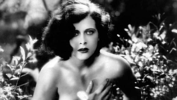 Hedy Lamarr en la película Éxtasi