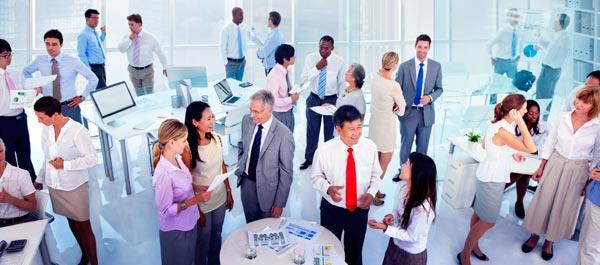 Estrategia de relación de la empresa en redes sociales. ¿A quién nos dirigimos?